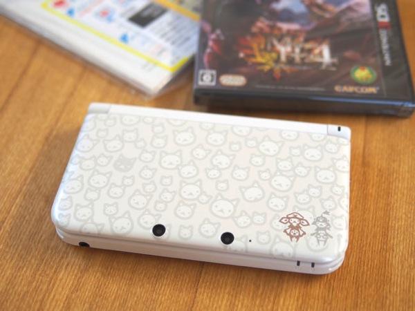 モンスターハンター4 スペシャルパック (アイルーホワイト)3DS LL本体