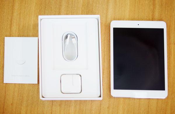 日本のApple Storeの公式に販売されてるSIMフリーiPad mini Retina セルラー版2