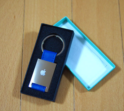 Appleオジリナルキーホルダー青