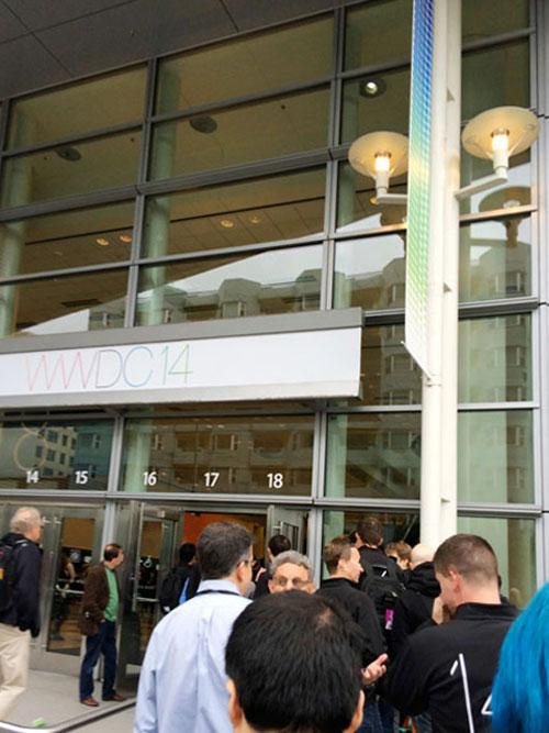 WWDCモスコーンウェストの入口