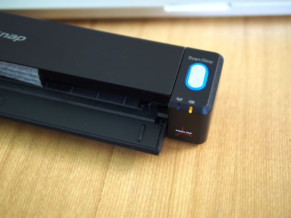 ScanSnap iX100のスキャンボタン