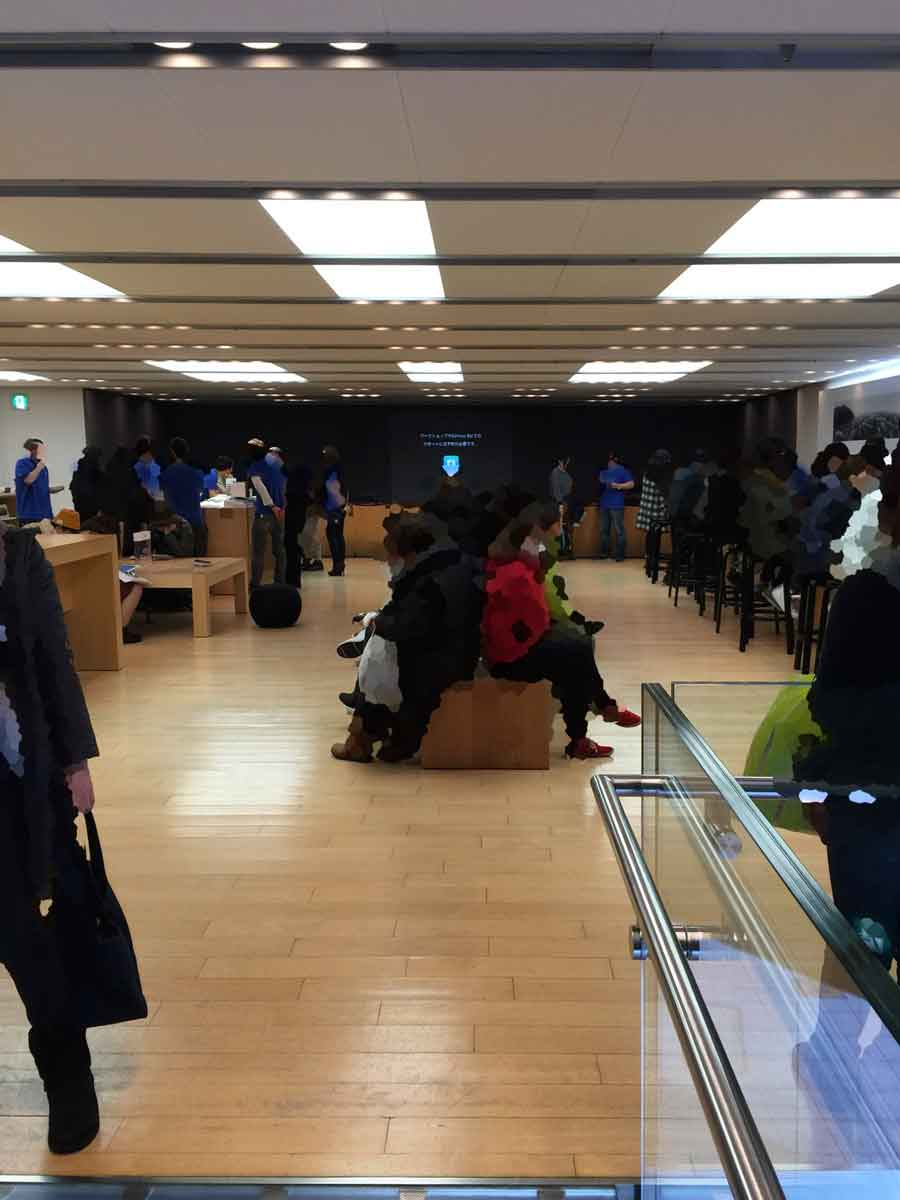 Apple Store心斎橋2F