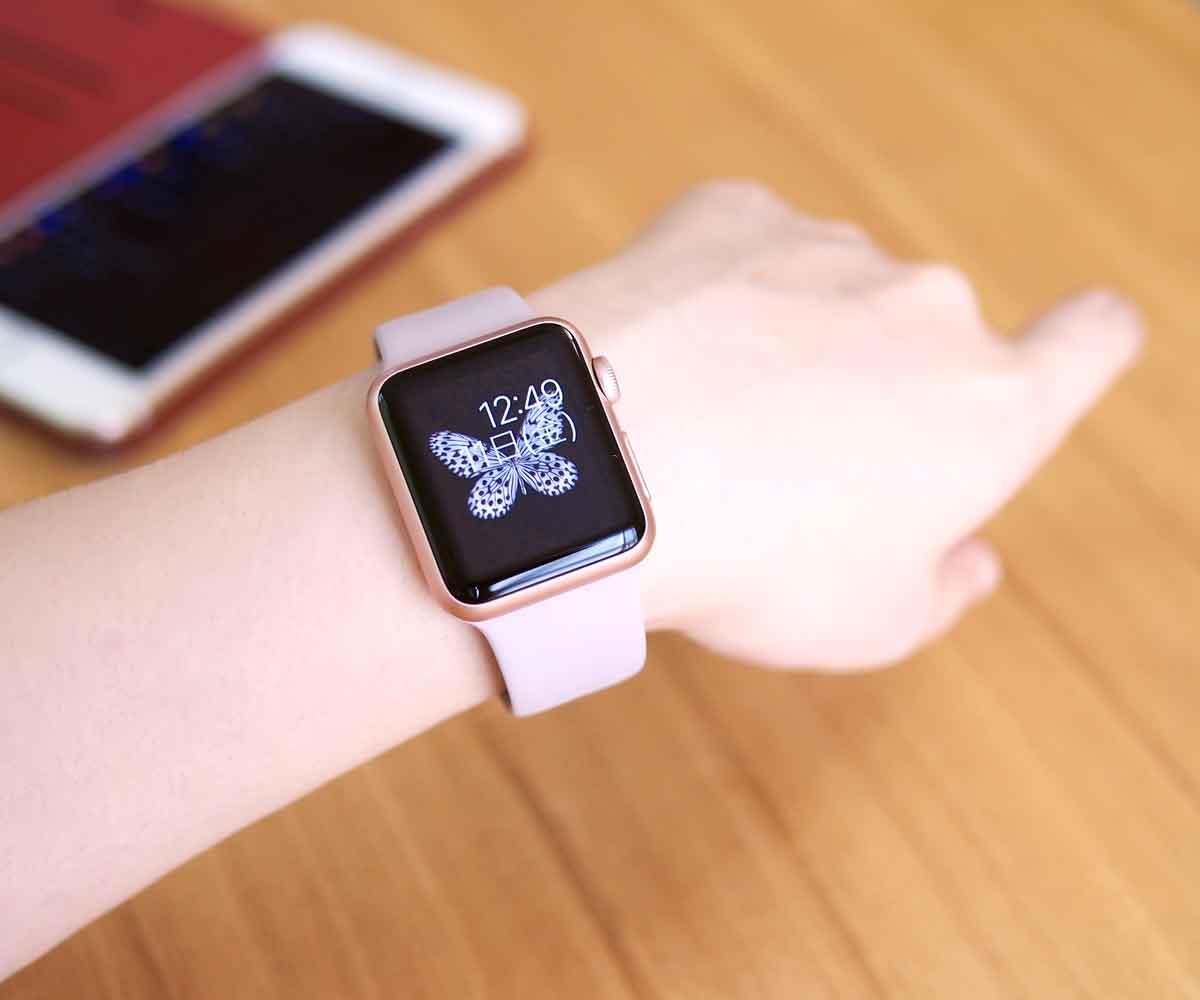 Apple Watch SPORT ローズゴールドアルミニウムケース/ラベンダースポーツバンド購入