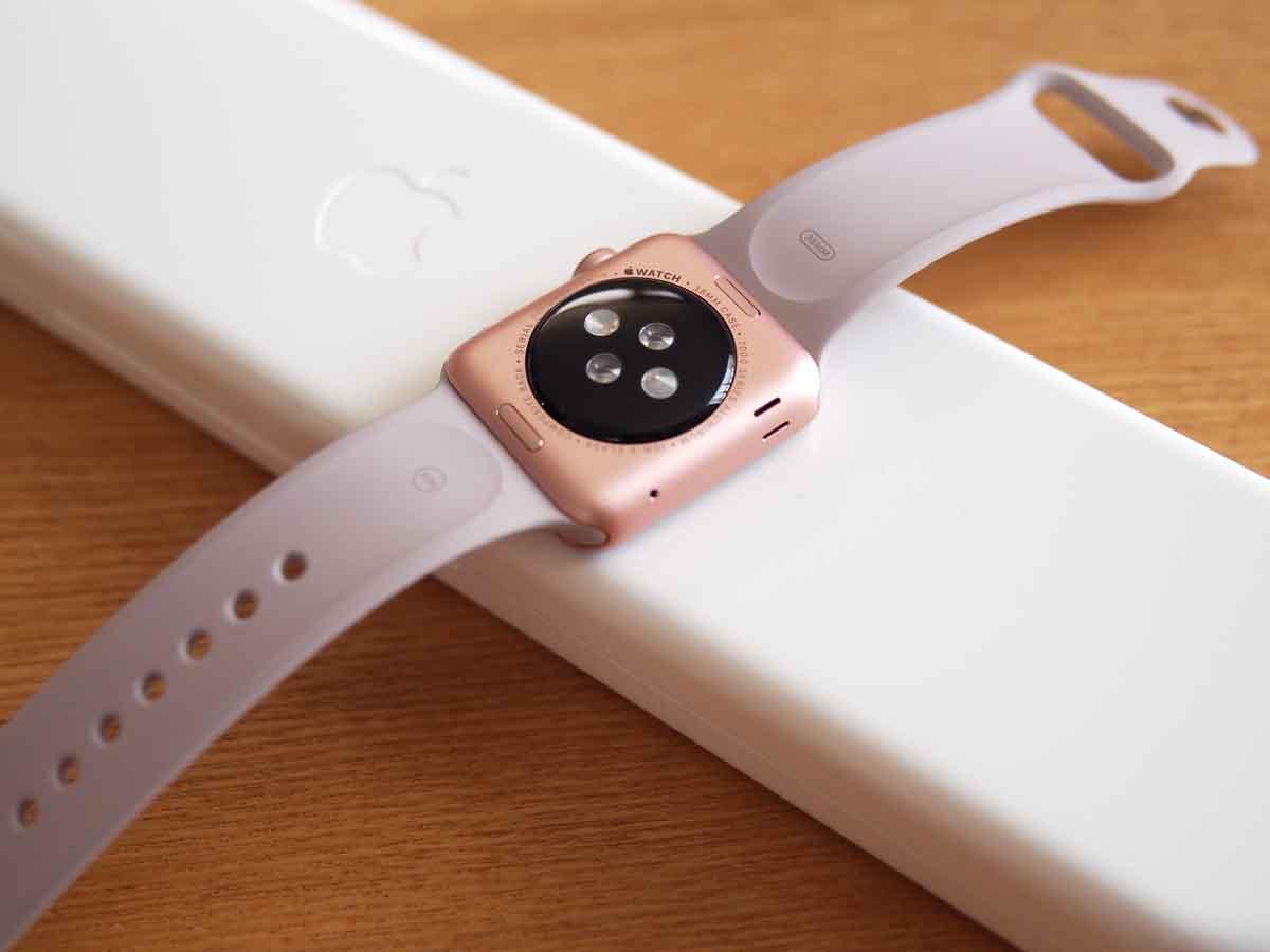 Apple Watch SPORT 38mmローズゴールドアルミニウムケース 裏