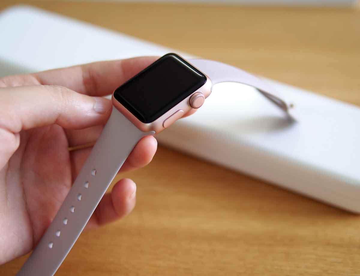 Apple Watch ローズゴールドケース