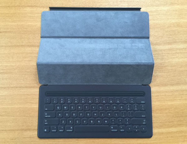 Smart Keyboard本体!