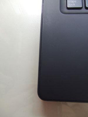 MacBook黒左サイド割れ