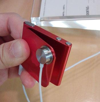 iPod nanoクリップを開く