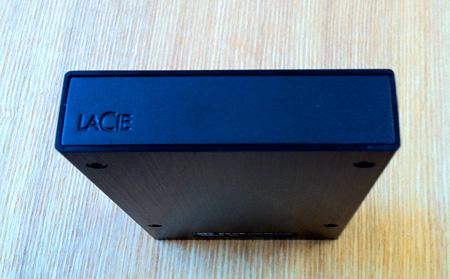 ポータブルハードディスクLaCie rikiki USB3.0の外観ロゴ部分