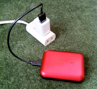 iPhoneのコネクタを利用してGum Plusを充電してみる