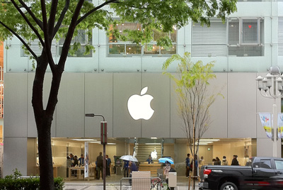 Apple Store名古屋栄 外から激写