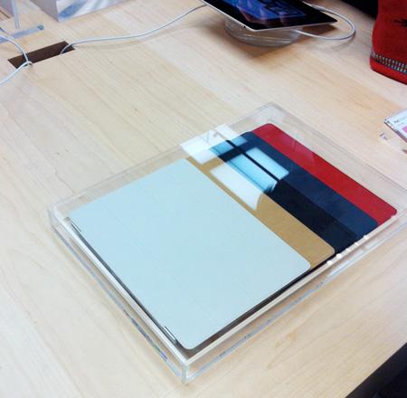 iPad2スマートカバー、革