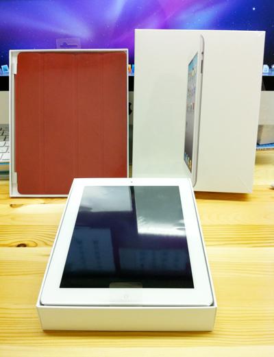 発売初日にApple Store銀座でiPad2とスマートカバーを購入しました。