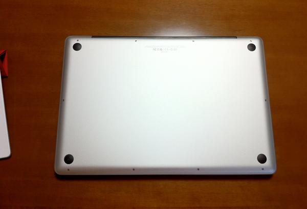 yucovinのMacBook pro 17