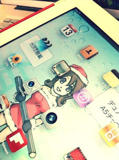 iPad2は有能なミニスカサンタ