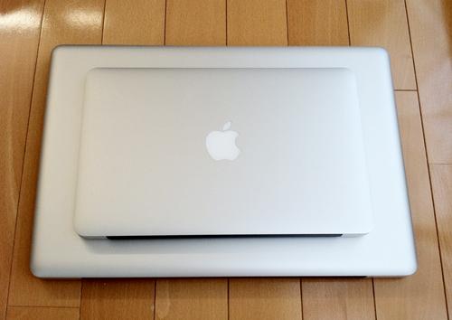 MacBook Air(Mid 2011)とMacBook Pro(Mid 2010)親亀、子亀