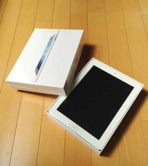 発売日の今日、iPad(第3世代)が配送されました。
