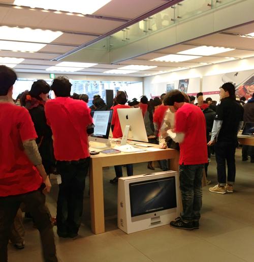 2013年1月2日 Apple Store初売り店内風景