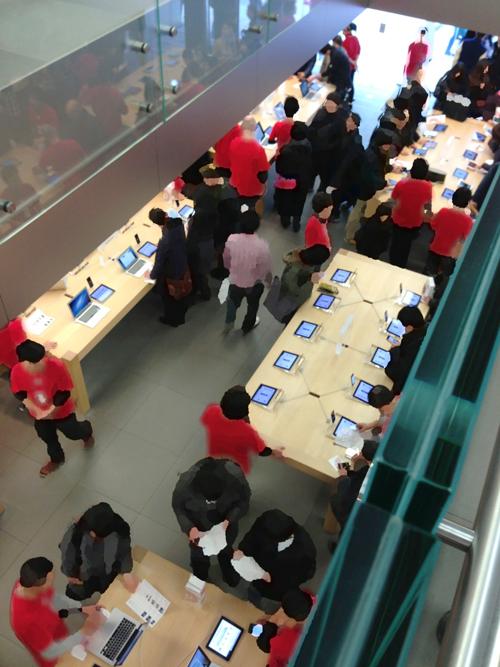 2013年1月2日 Apple Store初売り店内風景2